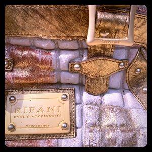 RIPANI Boutique leather purse 👜 ❤️